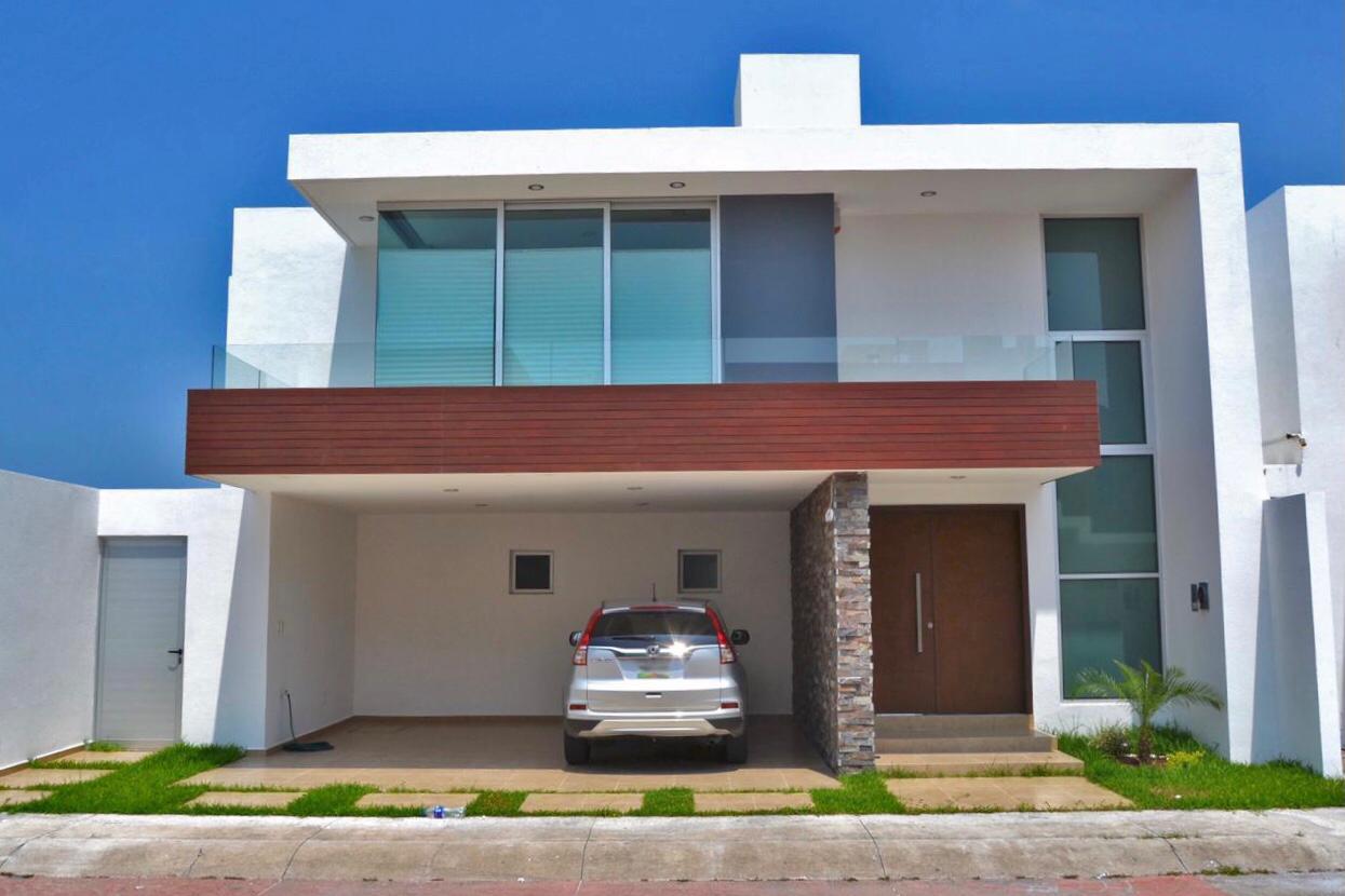 Casa En Venta En El Fraccionamiento Las Palmas