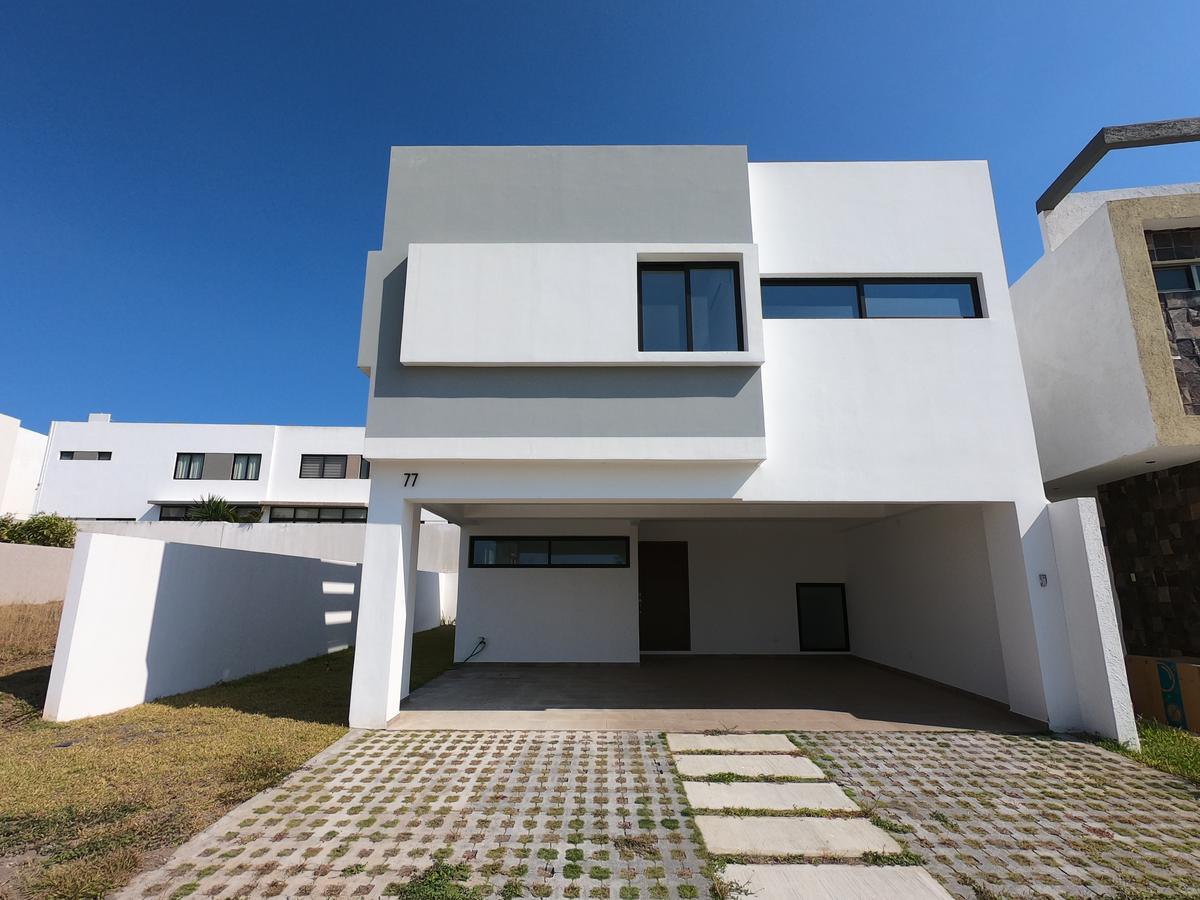 Casa En Venta En Punta Tiburón